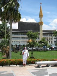 Around the Mosque in Bandar Seri Begawan